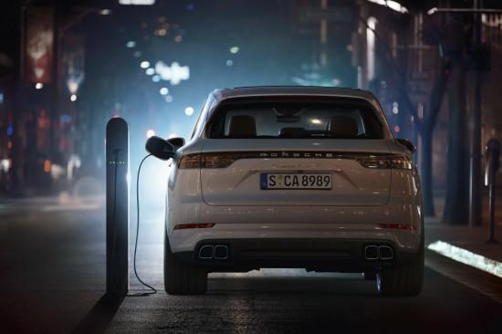 Това е най-мощното Porsche Cayenne (Видео)